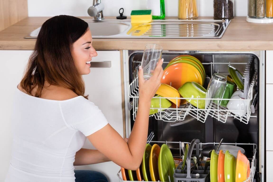 Tips to Get Cleaner Dishes from Dishwasher Cycle