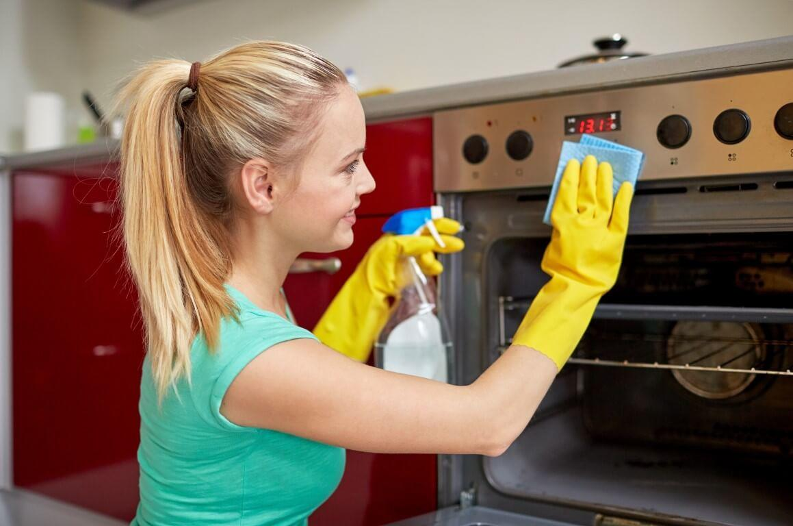 Oven Cleaning Tips You Wish You Knew Sooner