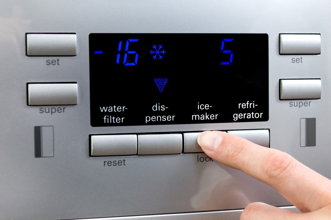 Ice Maker Issues: When to Call a Professional